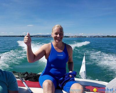Bodenseequerung: Breitenquerung: Conny Prasser mit Begleitboot von BODENSEEBOOT.DE am 26.06.2017