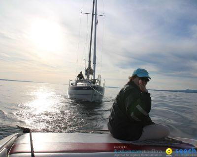 BODENSEEBOOT.DE mit Hilfeleistung auf dem Bodensee für Segelboot mit Motorprobleme